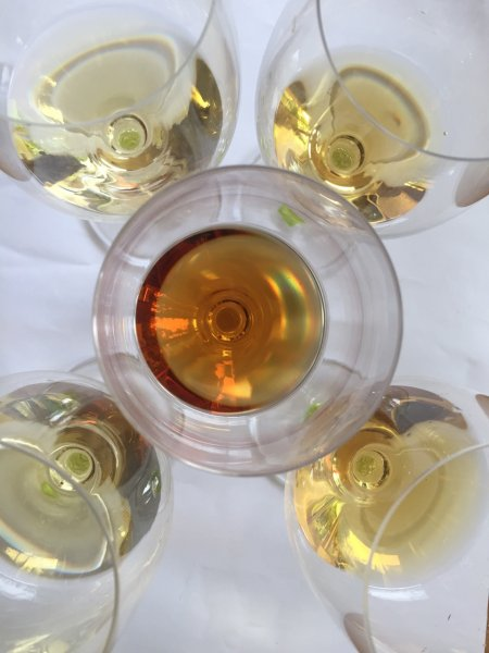 Botryized wines