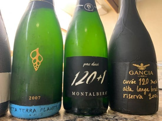Piemonte's sparkling wine tradition: long lees-aged wines